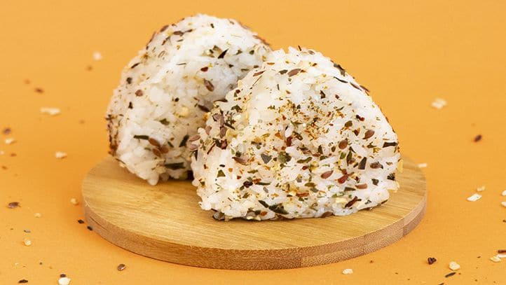 Onigris saupoudrés de Pep's Paillettes Pâtes et Céréales